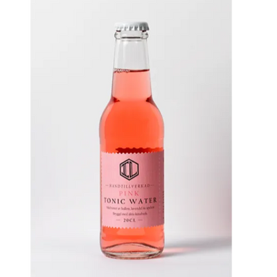 Pink Tonic Water med toner av Hallon